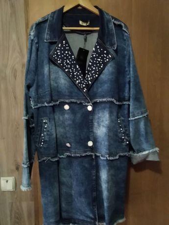 Джинсовое пальто большого размера