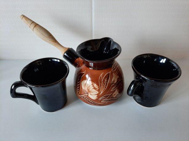 Турка и две кофейные чашки. Новые.