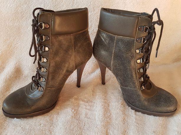 Жіночі чоботи р.38