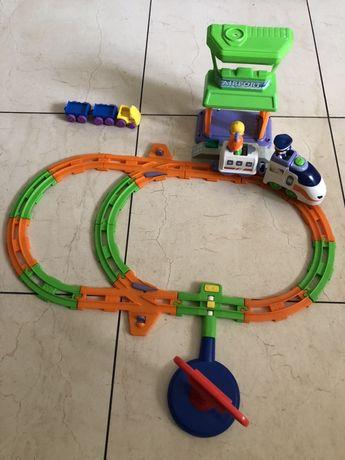 Набор железная дорога с паровозом и вагоном