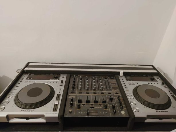 Konsola Pioneer 2 × CDJ 850 i DJM 600 Case