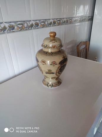 Porcelana-pote decorativo