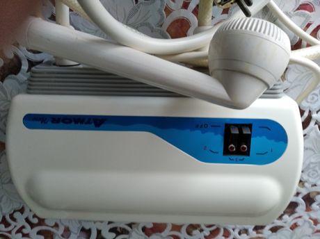 Продам электрический настенный водонагреватель