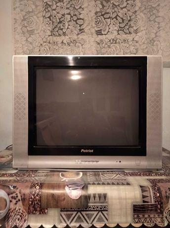 Телевізор Patriot