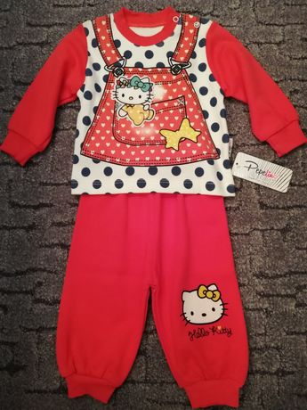 Новый трикотажный костюмчик на девочку Hello Kitty, р. 68