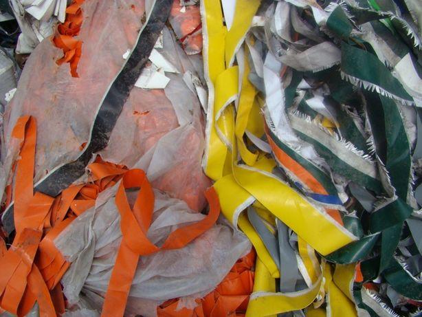 Folie ,tworzywa, PCV ścinki- banery, plandeki- oddam do recyklingu