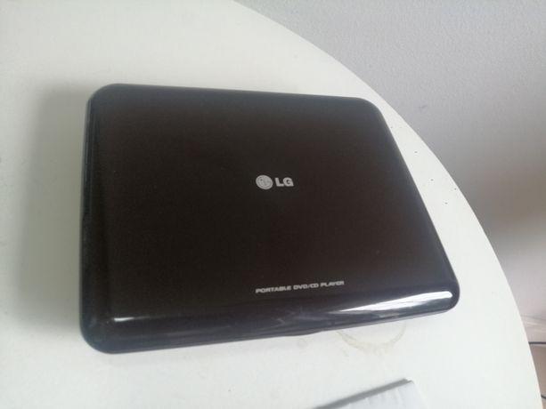 DVD przenośne firmy LG. Uszkodzony ekran