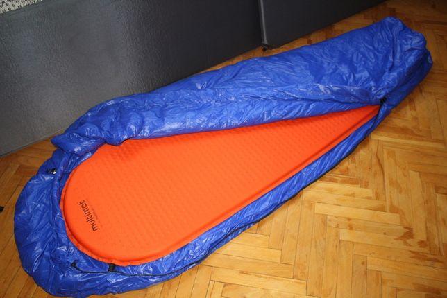 Теплый пуховый спальный мешок синий
