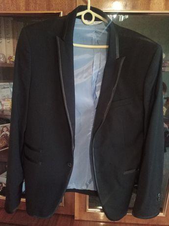 Стильный пиджак фирмы Zara Man