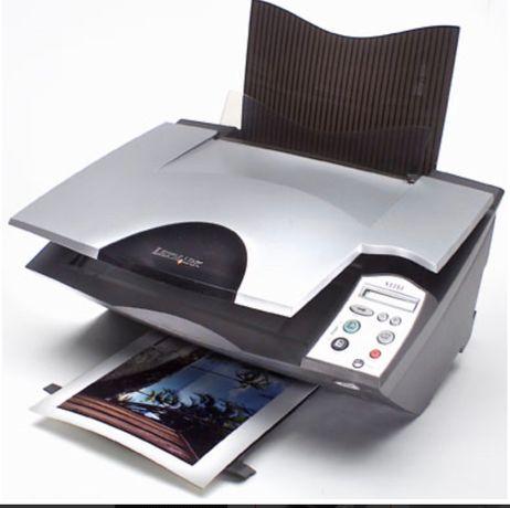Принтер , сканер , ксерокс 3 в 1 рабочий, в идеальном состоянии