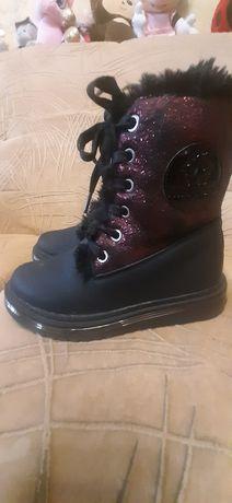 Ботинки замшевые для девочки на меху 30 размера
