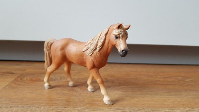 Figurka Schleich - klacz Tenessee Walker