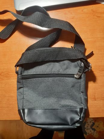 Bolsa Kappa cinzenta