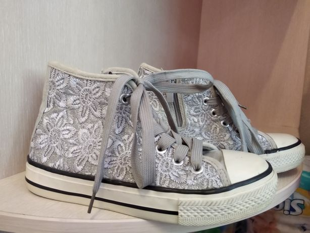 Кеды,кроссовки,обувь