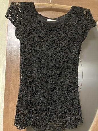 Черная кружевная футболка