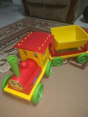 Поезд, паровоз, машина с прицепом