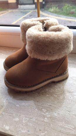 Зимнии ботинки Zara
