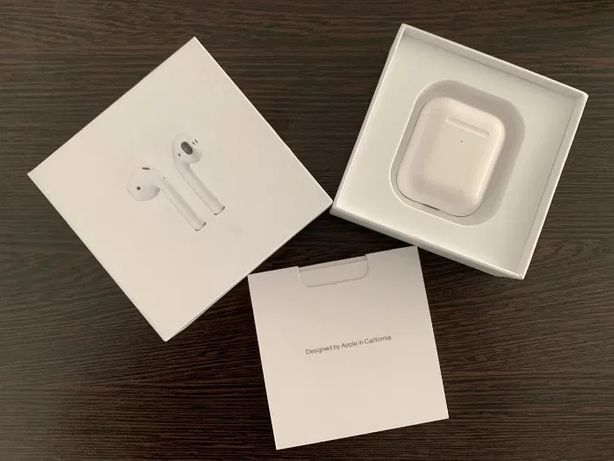 Apple AirPods 2 with wireless charging case original