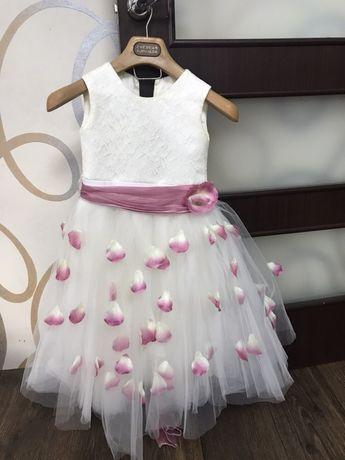 Платье на выпускной в садик 5-6 лет