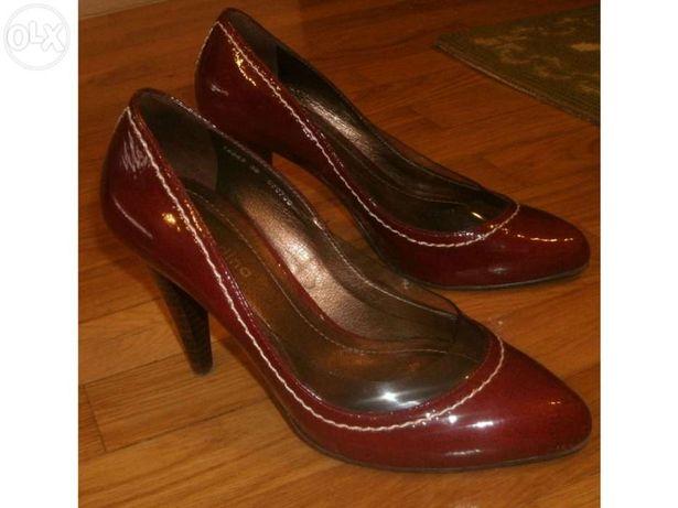 """Sapatos """"Claudina"""" Nº35 - como novos"""