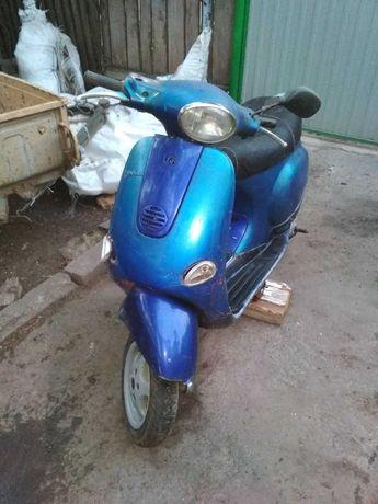 Piaggio Vespa et4 50cc