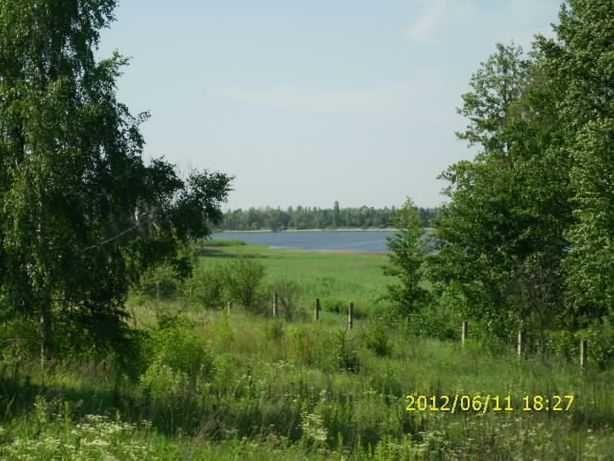 продаж ділянки біля озера та ліса перша лінія