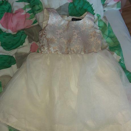 Sprzedam sukienki dla dziewczynki