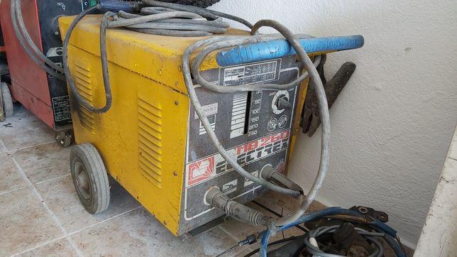 Máquina soldar Electrex 260A