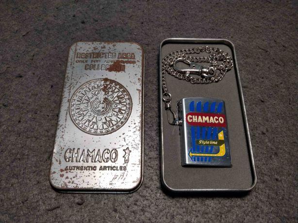 Isqueiro de gasolina da marca Chamaco com caixa original