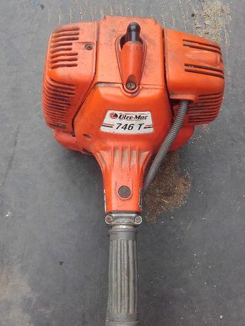 Kosa OleoMac 746 spalinowa kosiarka żyłkowa