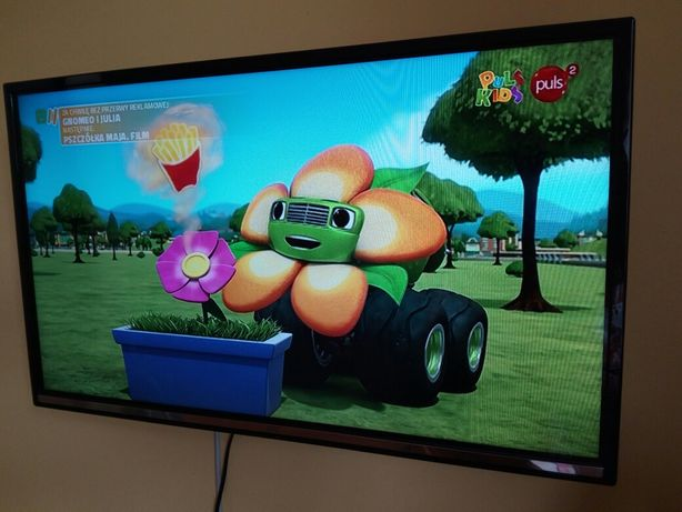 Telewizor marki  JVC, 32 cale