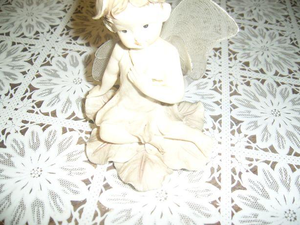 Figurka aniołka,elfa