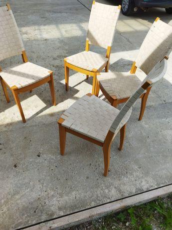 Продам 4 стільці.