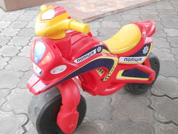 Детская полицейская машинка толкачка (толокар)