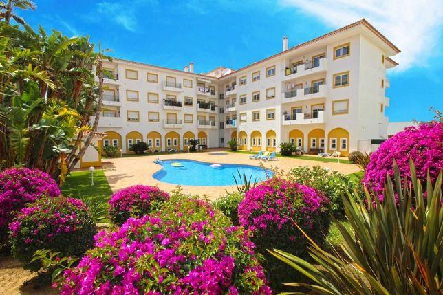 T3 Mobilado Piscina+Jardim+2 Estac./Permuta Moradia/T3/T4/ Penthouse