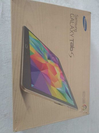 планшет Samsung SM T800