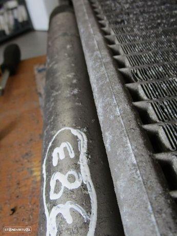 Radiador AC 32133116453 BMW / E90 / 325D / USADO / USADO /