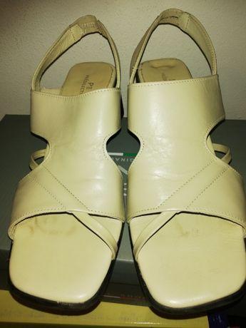Skórzane sandałki jasny beż rozm. 41 obcas 6 cm