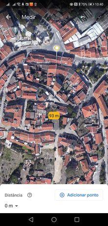Venda casa em ruína, no centro de Bucelas, rua dos Combatentes