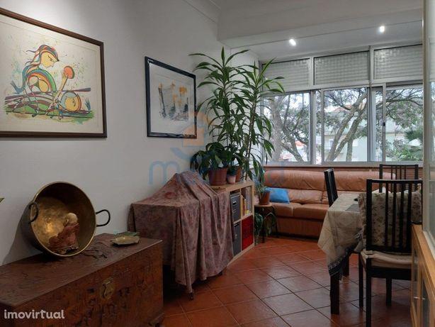 Apartamento T3 na Damaia