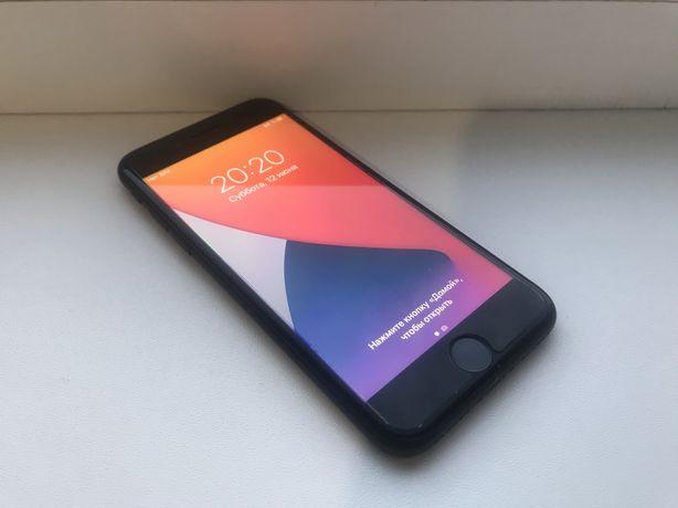 iPhone 7 32 гб Matte black.