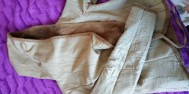 Осіння або весняна курточка