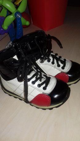 Продам ботинки Tiflani 21 размер.