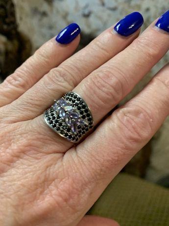 Шикарный перстень серебро 925 пробы