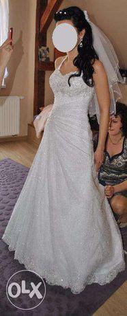 suknia ślubna z trenem, suknia ze srebrem
