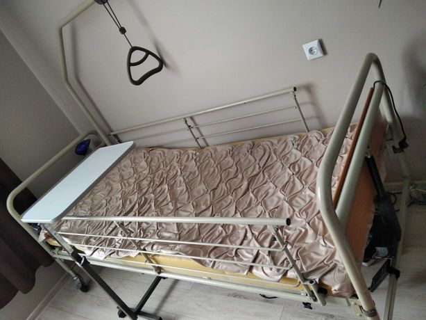 Lozko rehabilitacyjne-szpitalne