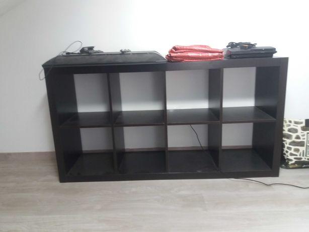 Estante preta Ikea
