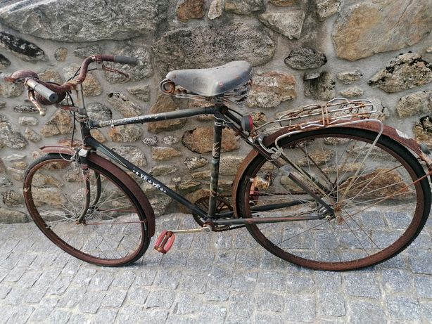 Bicicletes antigas para restauro
