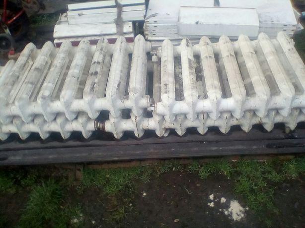 Продам чугунные радиаторы