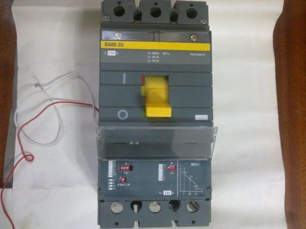 Автоматический выключатель ВА88-35 250А с электр. расцепителем